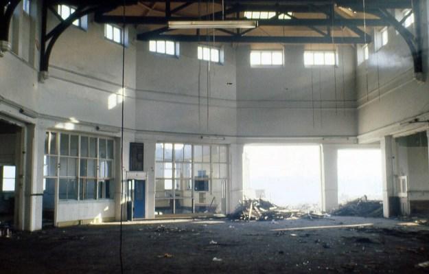 Huntsman's Gardens Schools, Attercliffe, Sheffield:  central hall during demolition (1980)