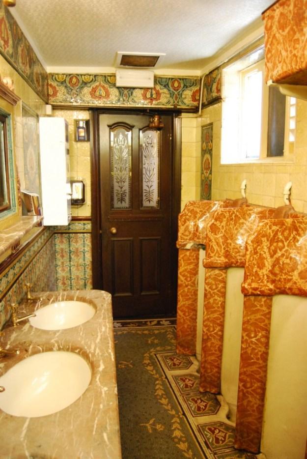Philharmonic Hotel, Liverpool:  gentlemen's lavatory