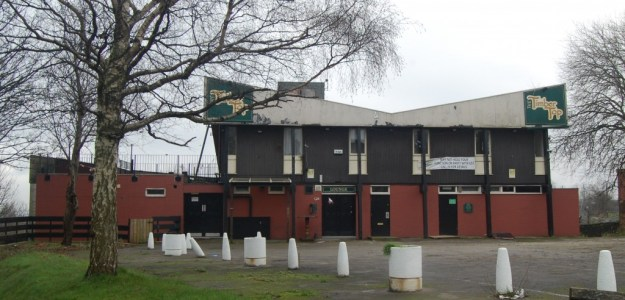 Timbertop public house, Shirecliffe, Sheffield (west aspect)