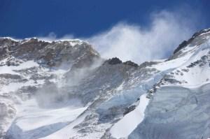 Windy Makalu mountain
