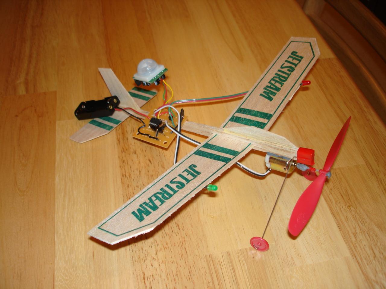 hight resolution of balsa wood plane with motor