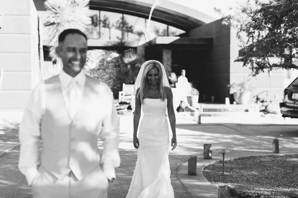 MikeOlbinski-CaveCreek-Backyard-Wedding-008