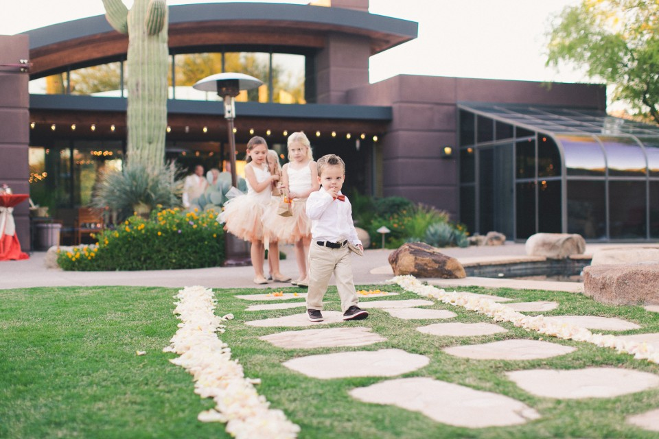 MikeOlbinski-CaveCreek-Backyard-Wedding-031
