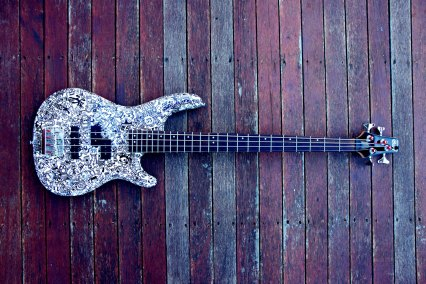 wes_guitar_2