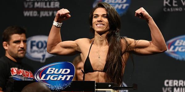 Claudia Gadelha vs. Karolina Kowalkiewicz is set for UFC 212