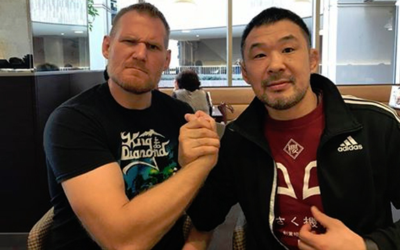 Funny video of Josh Barnett never letting go of a RNC on Kazushi Sakuraba.