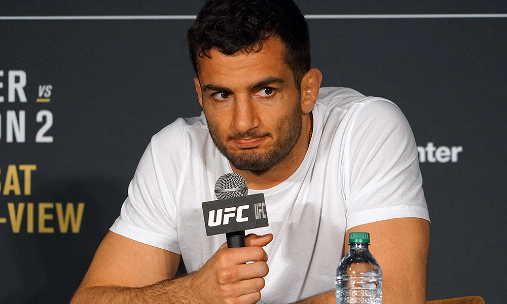 Gegard Mousasi with the world's angriest Facebook AMA *NSFW*