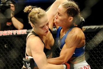five-never-reality-rousey-carmouche