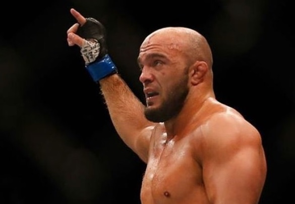 Ilir Latifi tried a classy callout of DC. With no answer, Latifi gets meaner.