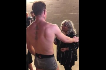 humility-embracing-mom-backstage-class