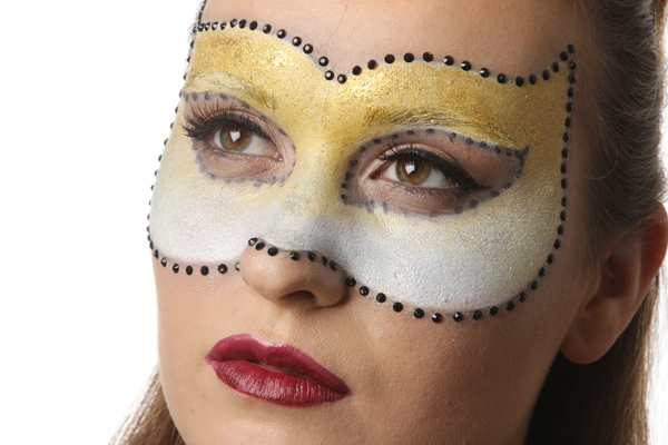 Christmas Masquarade Makeup
