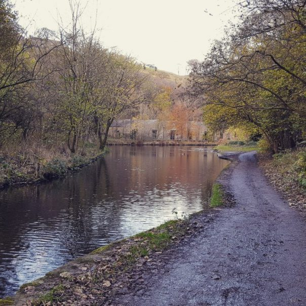 mike turner photography: photo of Uppermill, Oldham, Manchester