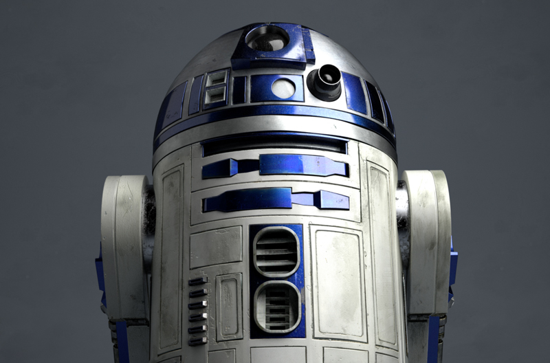 R2 Low Angle 1 - TimeOutFilm's Top 50 Star Wars Characters and My Top Ten Star Wars Heroes!
