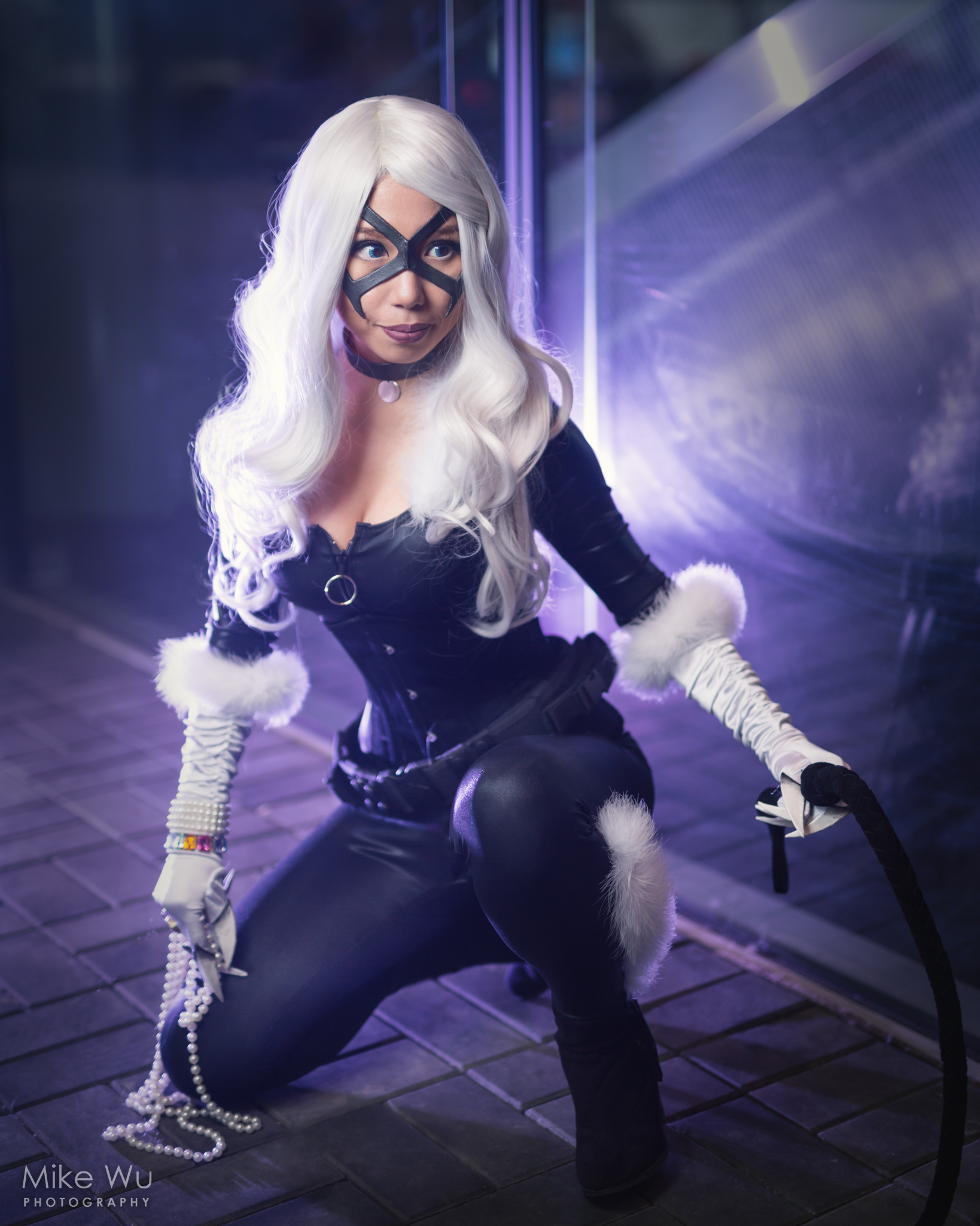 black cat, dc, pearls, thief, vancouver, cosplay, wig, whip, jewelry, corset, night