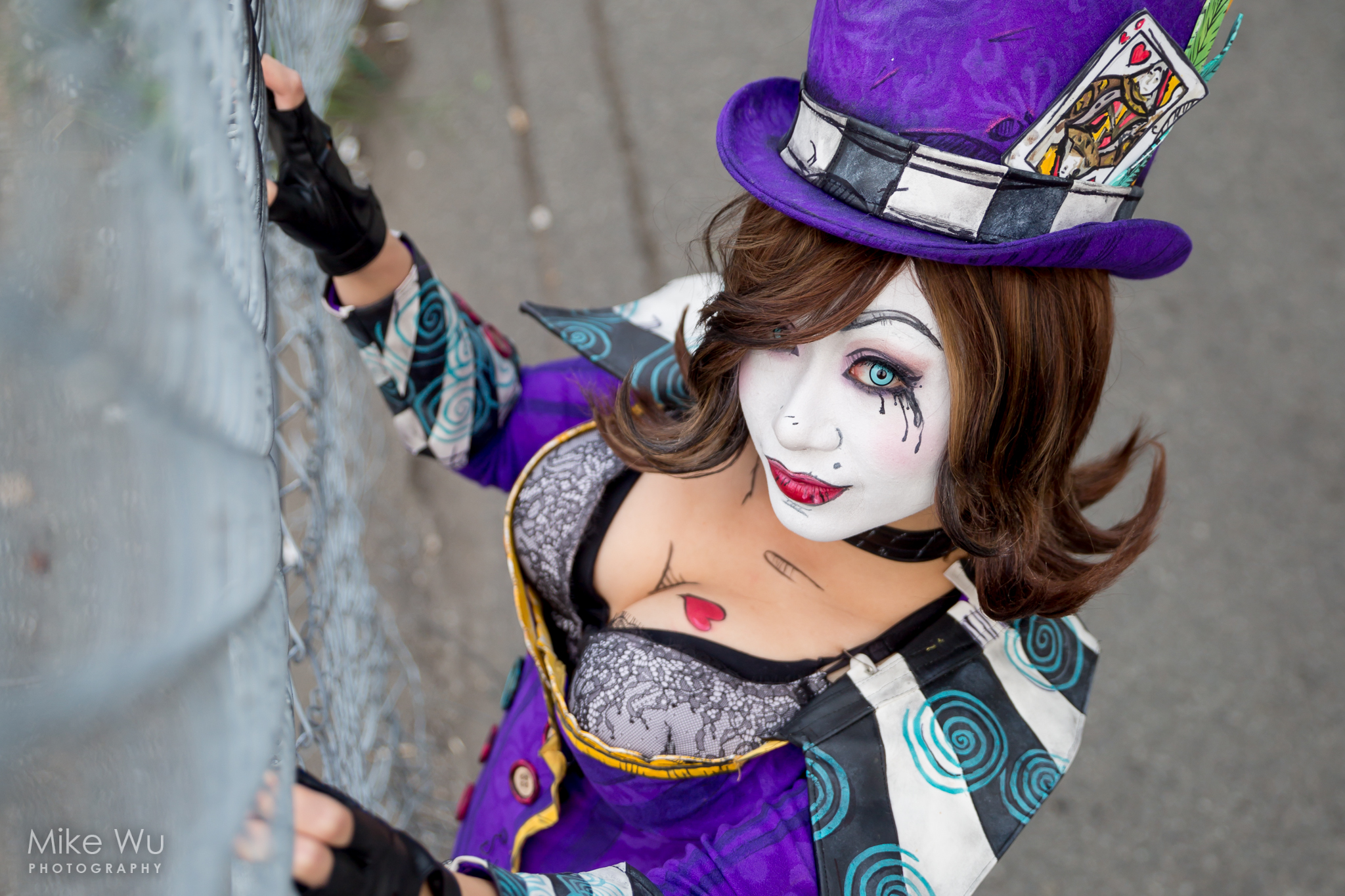 cosplay, video game, borderlands, moxxi, costume, purple, fence, makeup, dress up, character