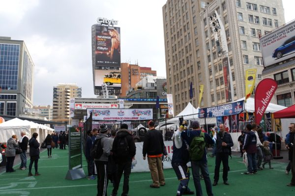Yonge x Dundas 100th Grey Cup