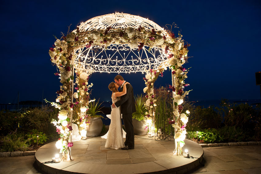 Mamaroneck Beach And Yacht Club Beachside Wedding Photos