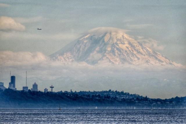 Balsa de Edmonds para Kingston - lugares para fotografar o Mount Rainier