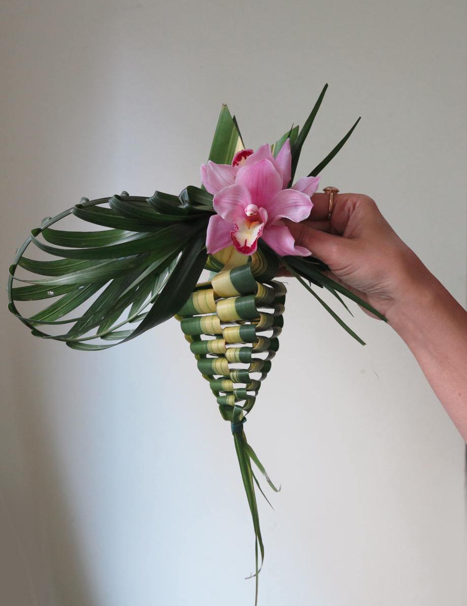 leaf weaving european floral art school. Black Bedroom Furniture Sets. Home Design Ideas