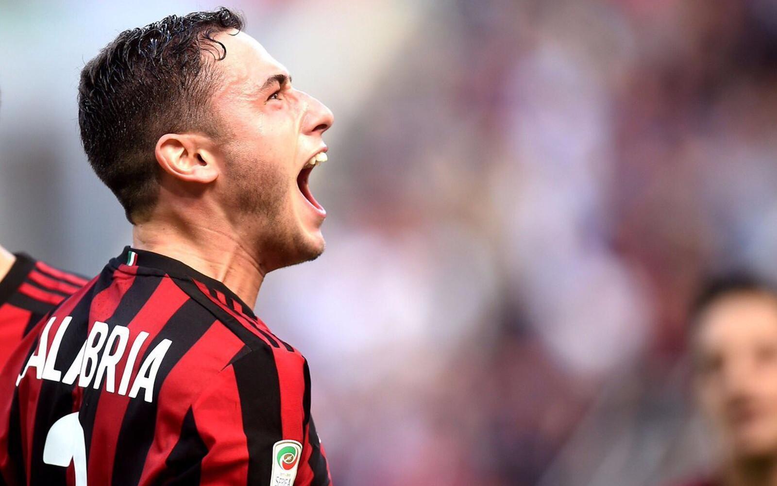 Davide Calabria con la maglia del Milan 2017/2018