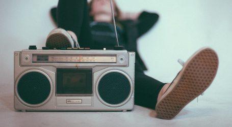 La radio per l'Italia, tutte le radio unite