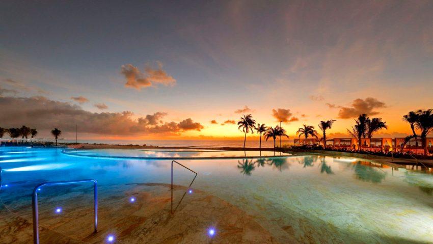 TRS Yucatan Hotel, Beach Club