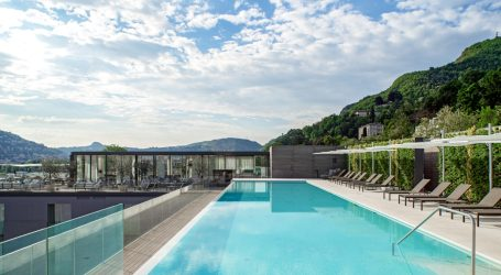 Rooftop bar, vista impagabile, infinity pool e sharing food: ecco gli ingredienti vincenti della terrazza dell'Hilton Lake Como