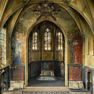 L'interno di una chiesa sconsacrata