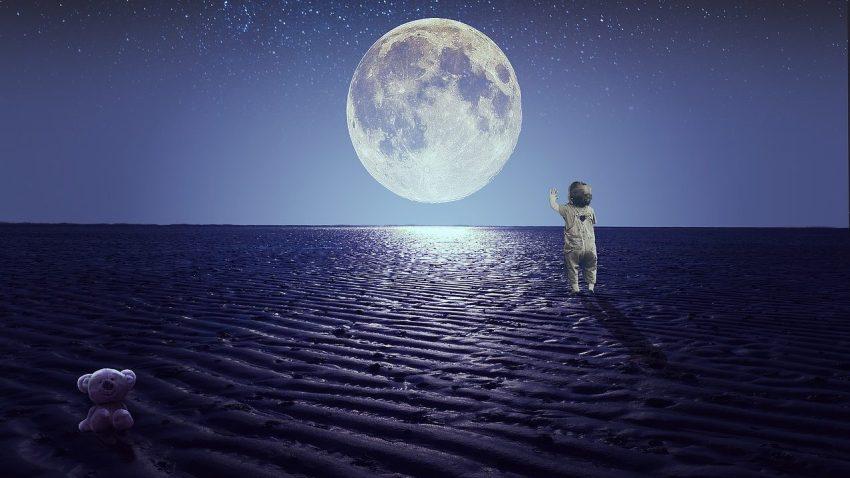 Alla Fondazione Prada i bambini immaginano e realizzano pianeti sconosciuti