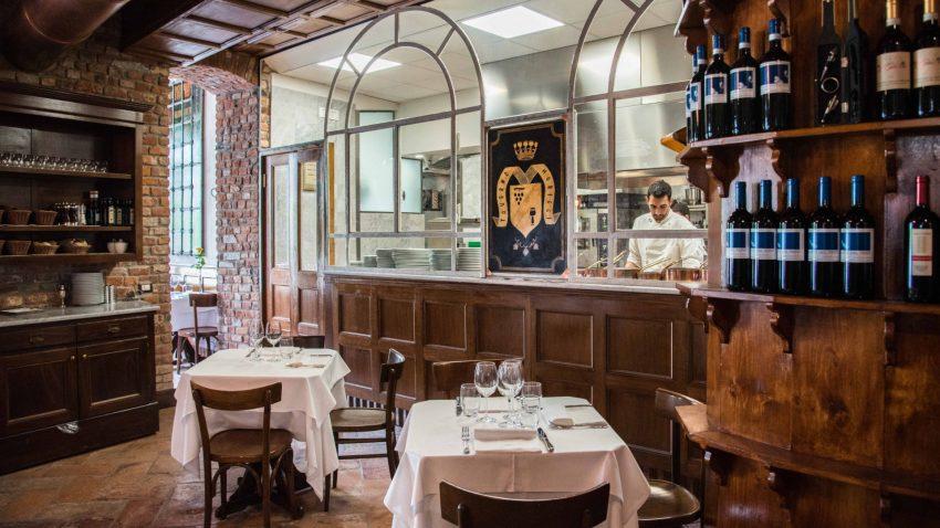 Taverna Moriggi interno_sala_centrale