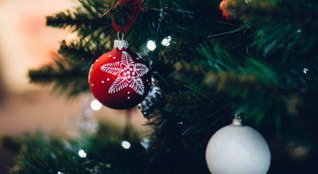 Addobbi di Natale fai da te: le idee per decorare l'albero