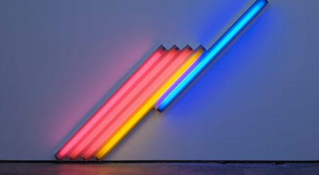 Dan Flavin: in mostra i neon dell'artista americano