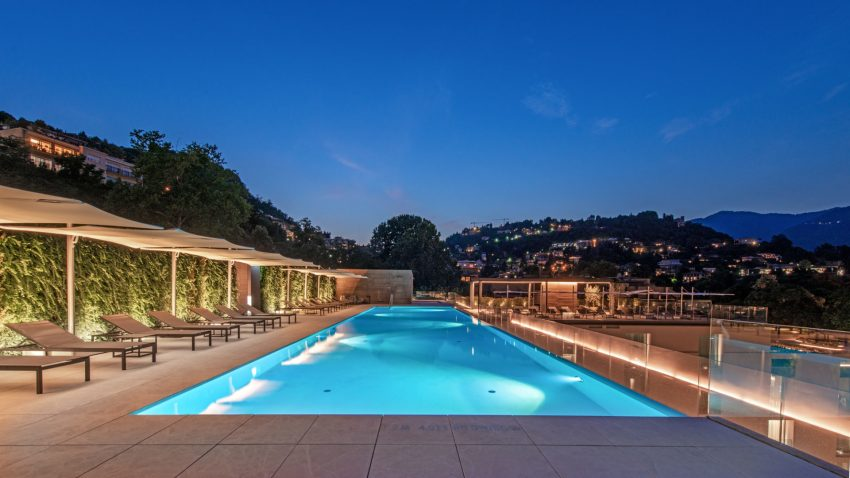 hilton lake como pool by night