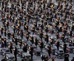 Più di 1300 bauli in piazza Duomo a Milano