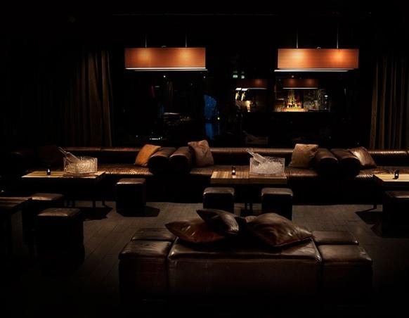 Eleven 11clubroom Milano info e prenotazioni mercoledi 3282345620