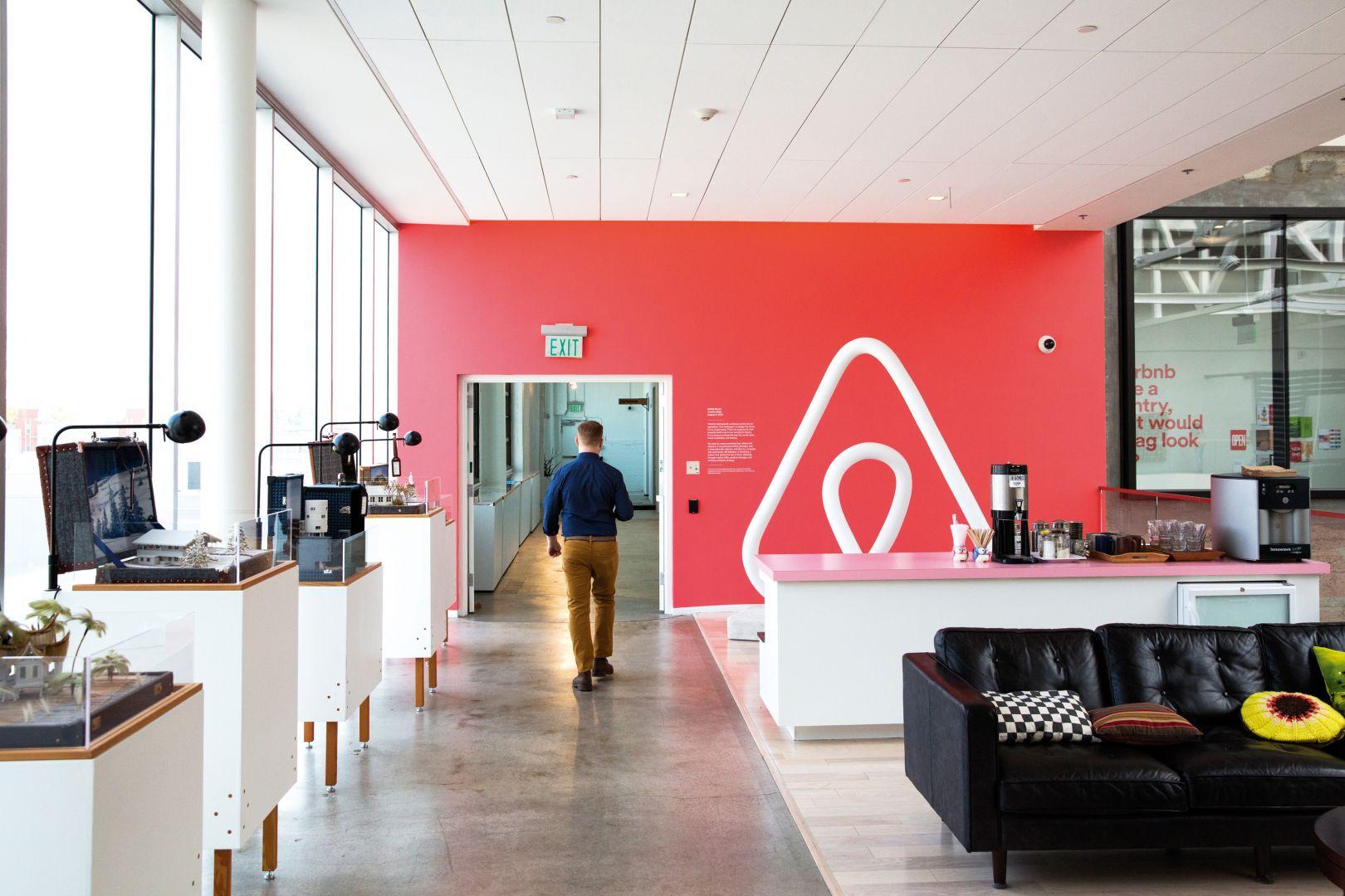Tassa di soggiorno Airbnb Milano come funziona e come pagare  Milano Life