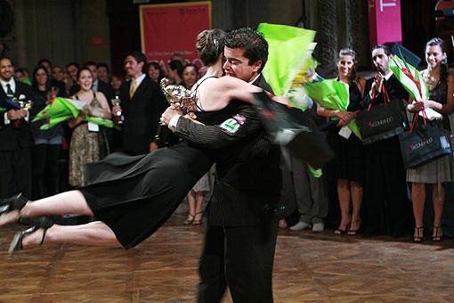 """I fuoriclasse del tango, Cristian Sosa: """"Ballare (bene) ti cambia la vita"""". L'intervista e lo stage a Milano."""