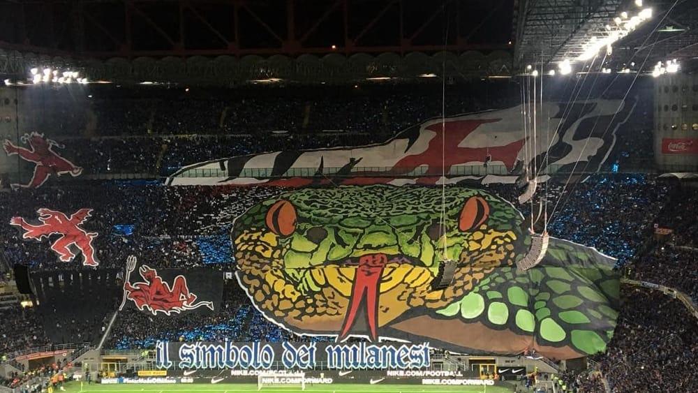 Coreografie derby le curve di Inter e Milan danno spettacolo  Foto