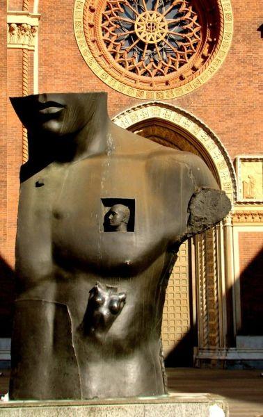 Санта-Мария-дель-Кармине скульптура Игоря Миторай