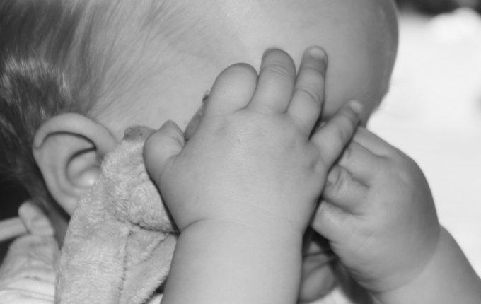 Warum weint mein Baby - trauriges Baby