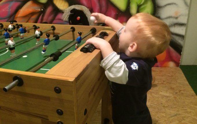 Kindercafé Driss im Wunderland -Tischfußball