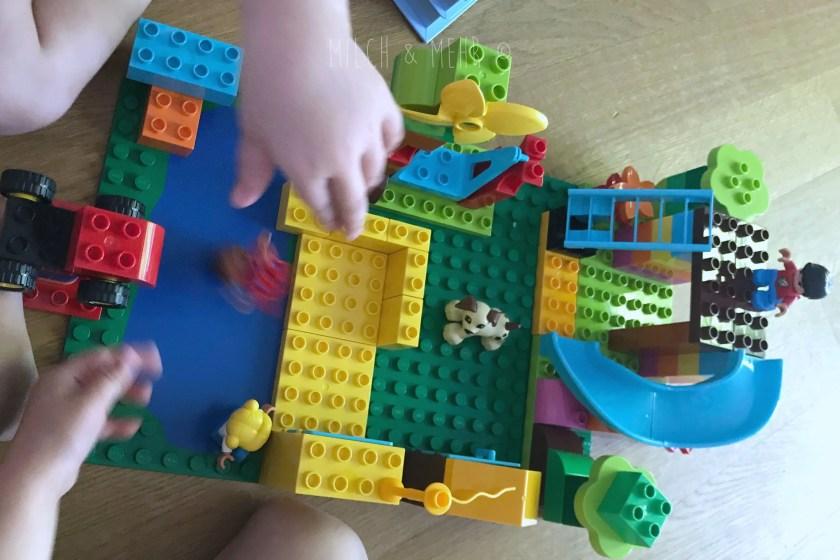 Wasserspielplatz mit Lego Duplo Bauen