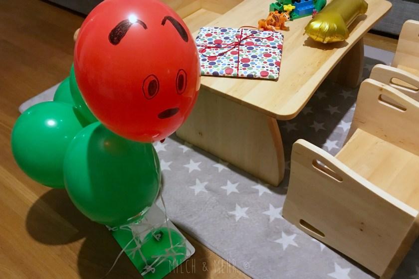 Raupe Nimmersatt Luftballon Dekoration