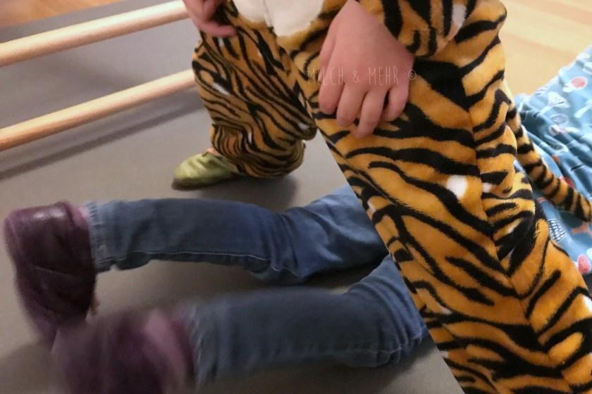 Dschungel-Olympiade Kinderturnen im Wohnzimmer Test