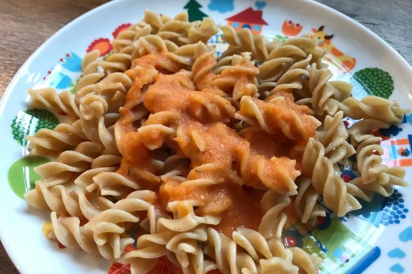 Nudeln und Sauce aus Trias Ratgeber
