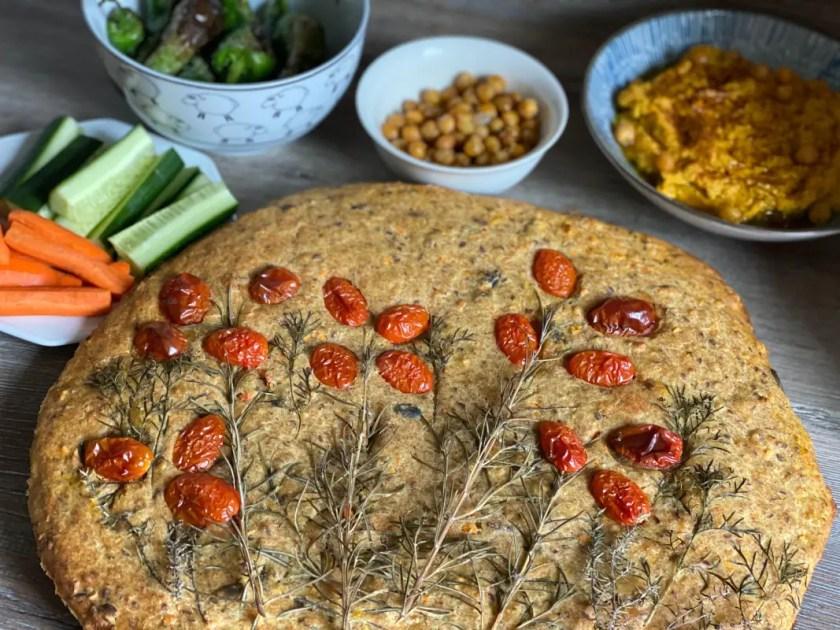Foccacia Garten Hummus