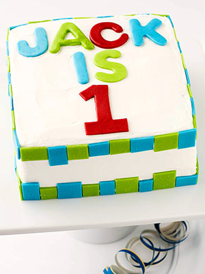 bolo decorado com número