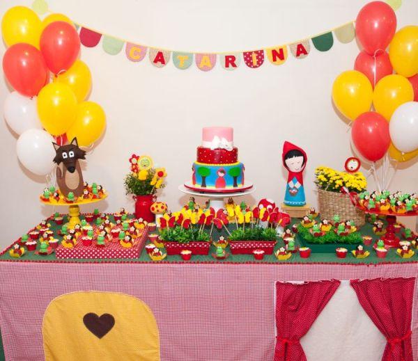 Decoração feita com itens que a Minimimo confeccionou para a festa da Catarina