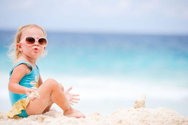 bebe praia verao