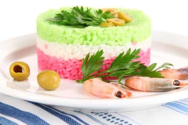 preparo de arroz colorido com corante natural